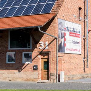 Aussenbereich-Ausstellung-Lager-Werkstatt-OttKuechen
